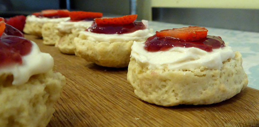 scones with dairy-free cream, vegan