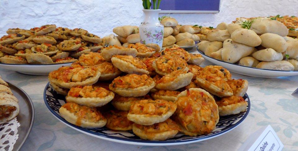 Vegan Buffet Quiches Fatayer | Fairfoods