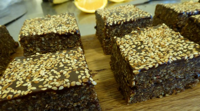 Orange Toasted Sesame Slice, Vegan