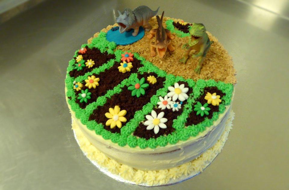 Vegan Dinosaur Flower Cake